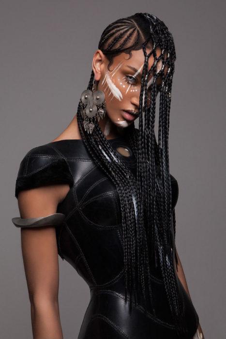 Modelos-de-los-premios-britanicos-de-cabebello-12-467x700